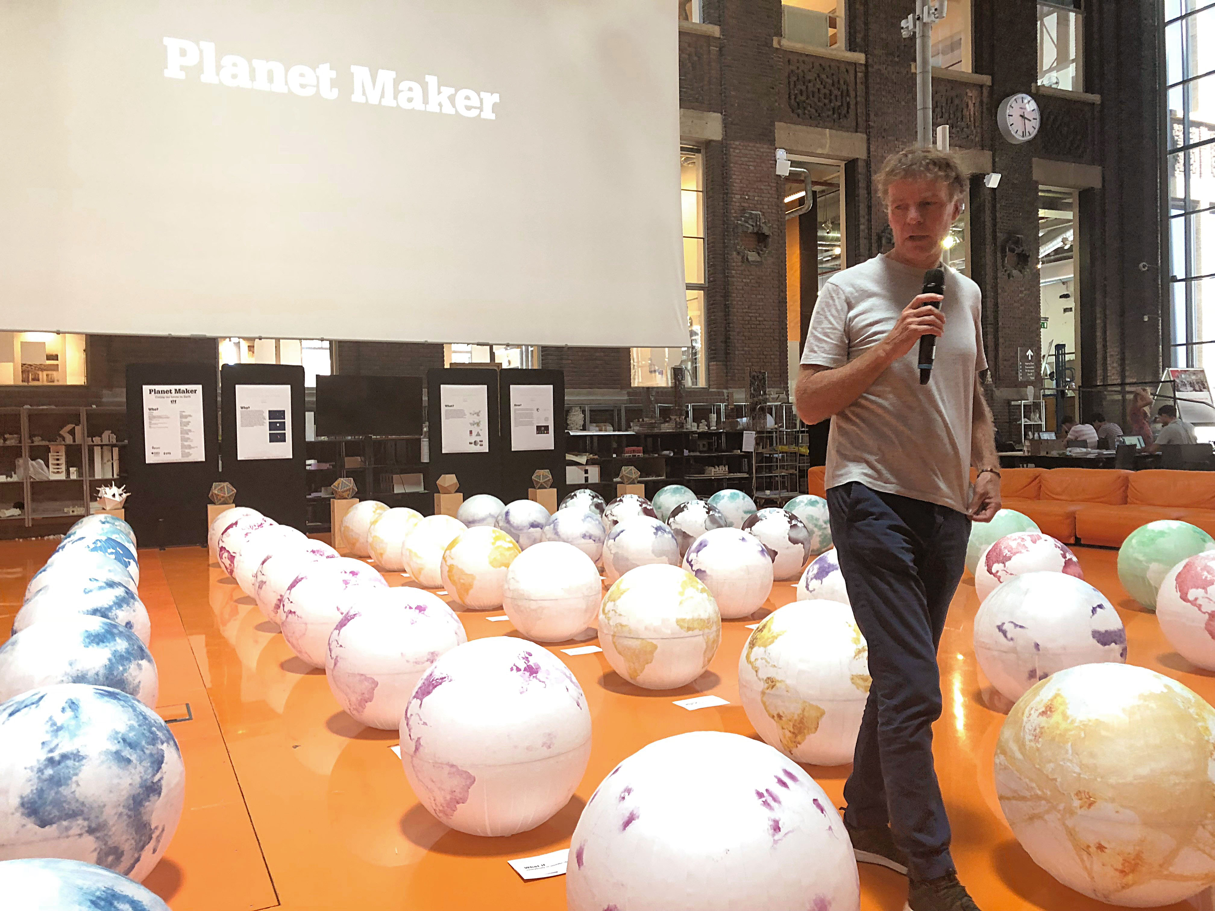 The Why Factory TU Delft, RMIT Melbourne and UTS Sydney present The Planet Maker Design Studio