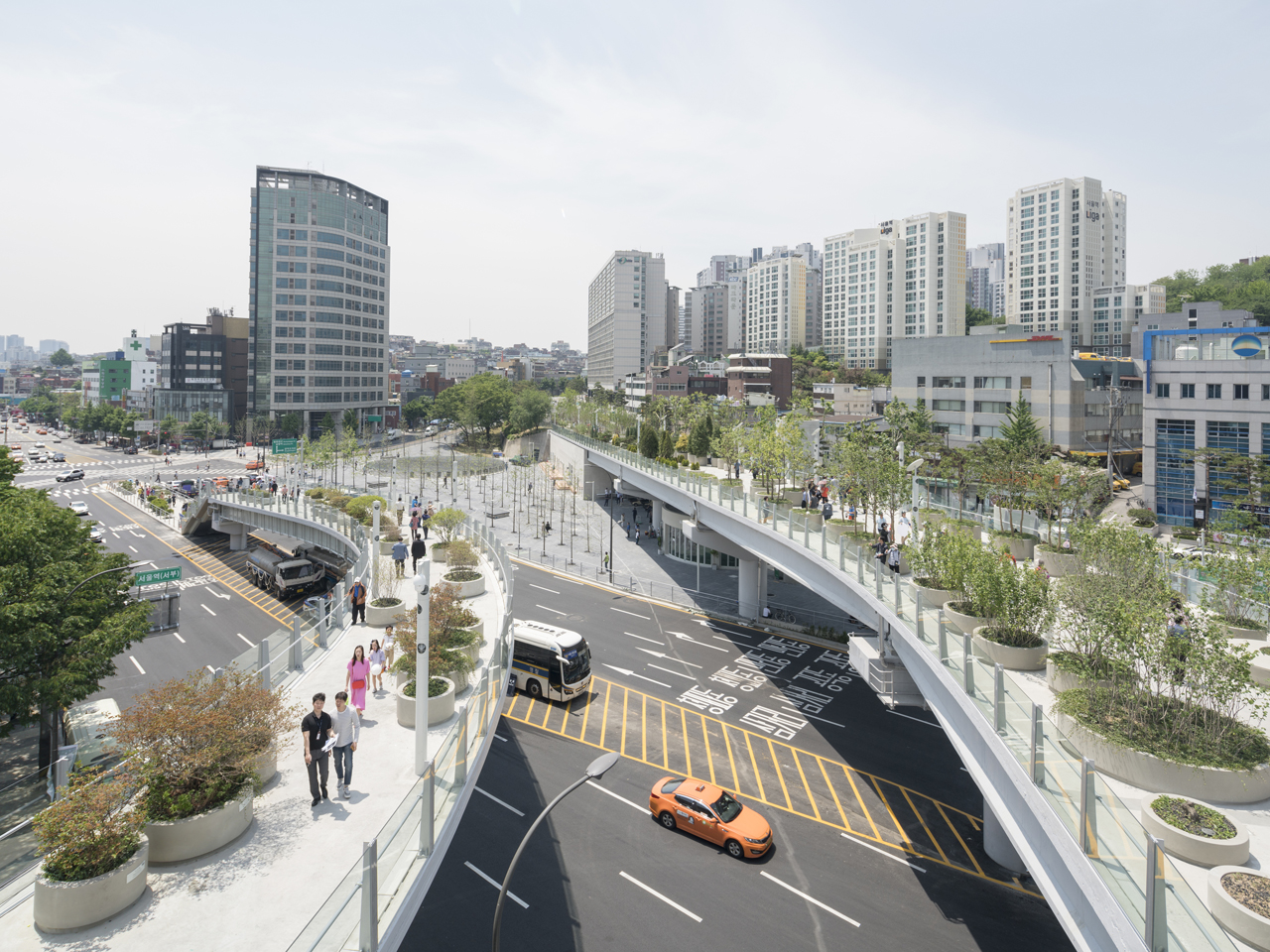 Seoul Skygarden named finalist in Surface Magazine's inaugural Travel Awards